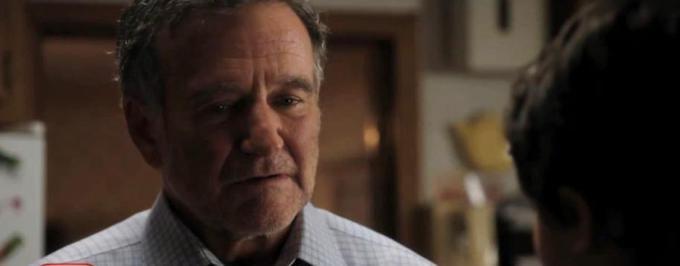 """Robin Williams w jednej z ostatnich ról. Fragment """"Merry Friggin Christmas"""""""