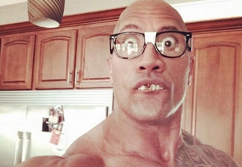 """Dwayne """"The Rock"""" Johnson w mediach społecznościowych"""