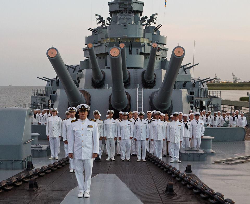 Zwiastun USS Indianapolis: Men of Courage z Weroniką Rosati i Nicolasem Cage'em