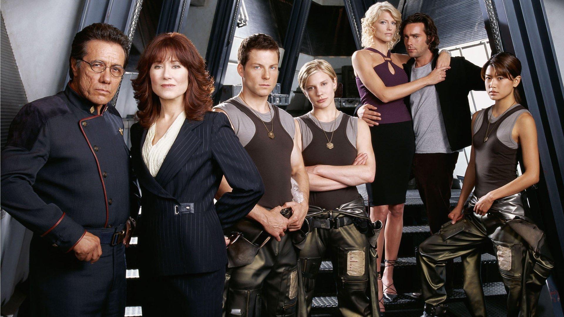 Battlestar Galactica - twórca serialu o oryginalnej, 4-godzinnej wersji remaku z 2003 roku