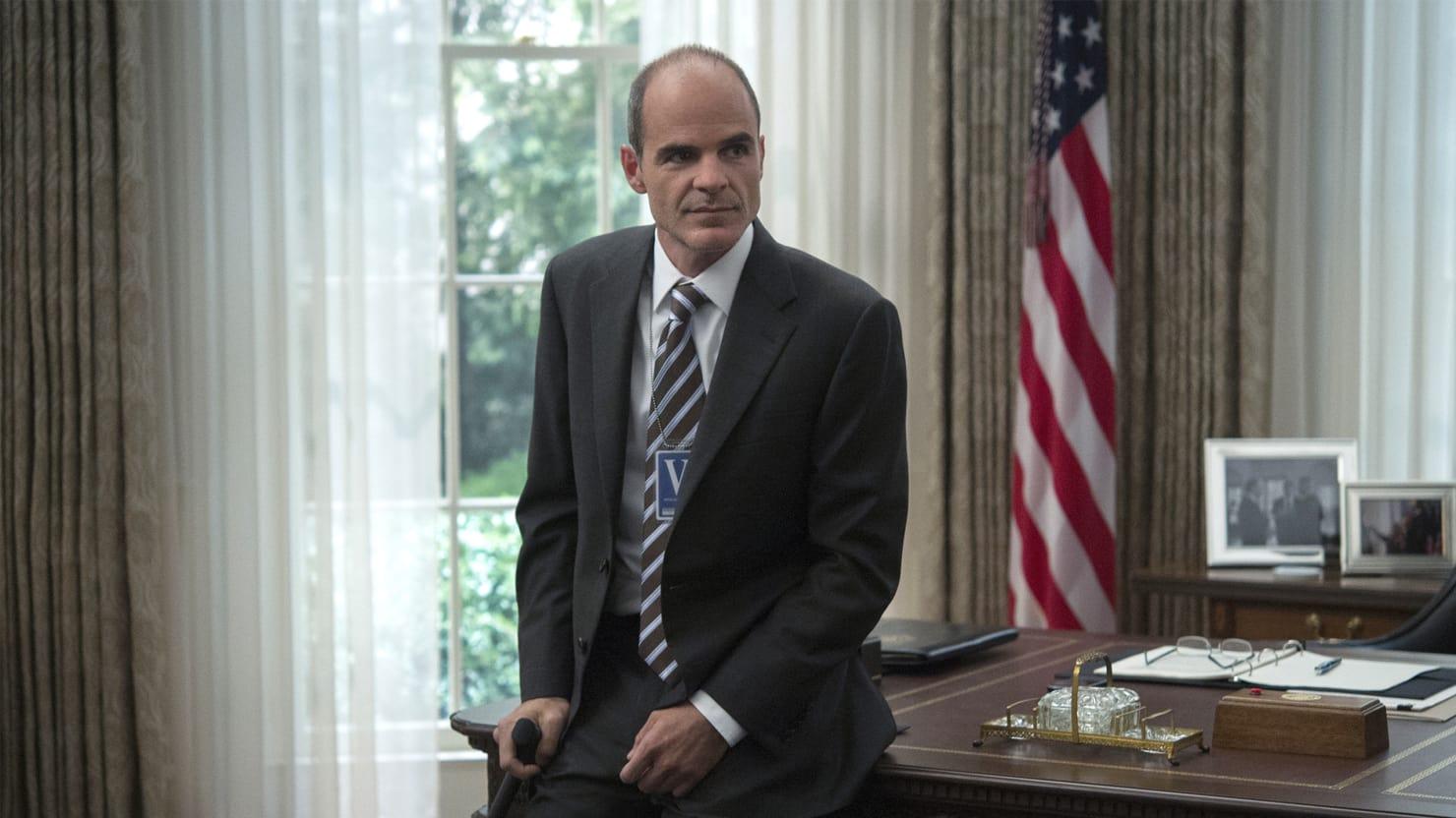 Michael Kelly z dużą rolą w 2. sezonie serialu Jack Ryan