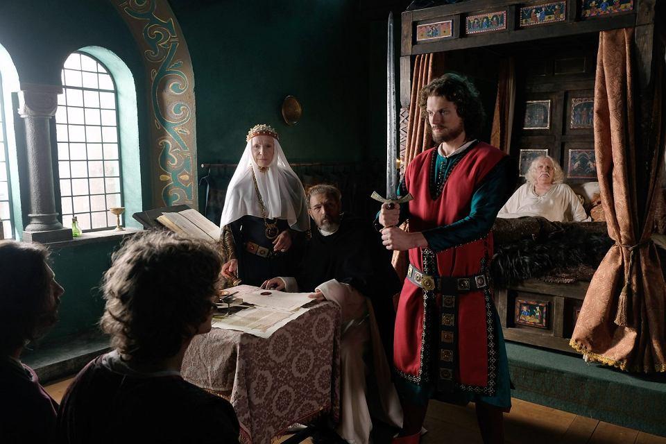 Korona królów trafi do japońskiej telewizji