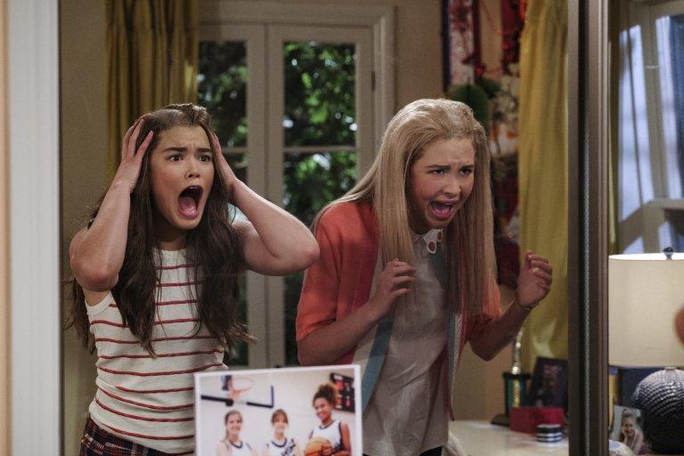 Zabawne nastolatki, rak i szkoła średnia. Zwiastun serialu Netflixa Alexa & Katie