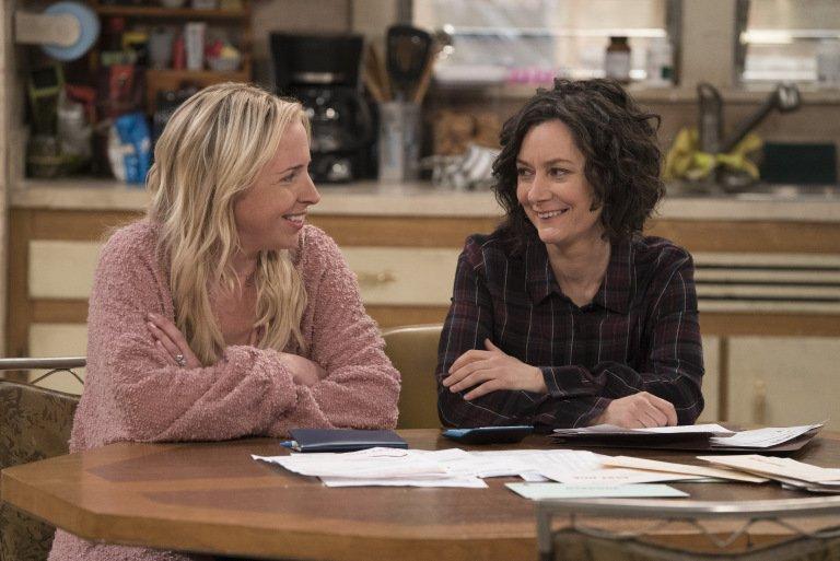 Atypowy - Sara Gilbert w 3. sezonie. Kogo zagra?