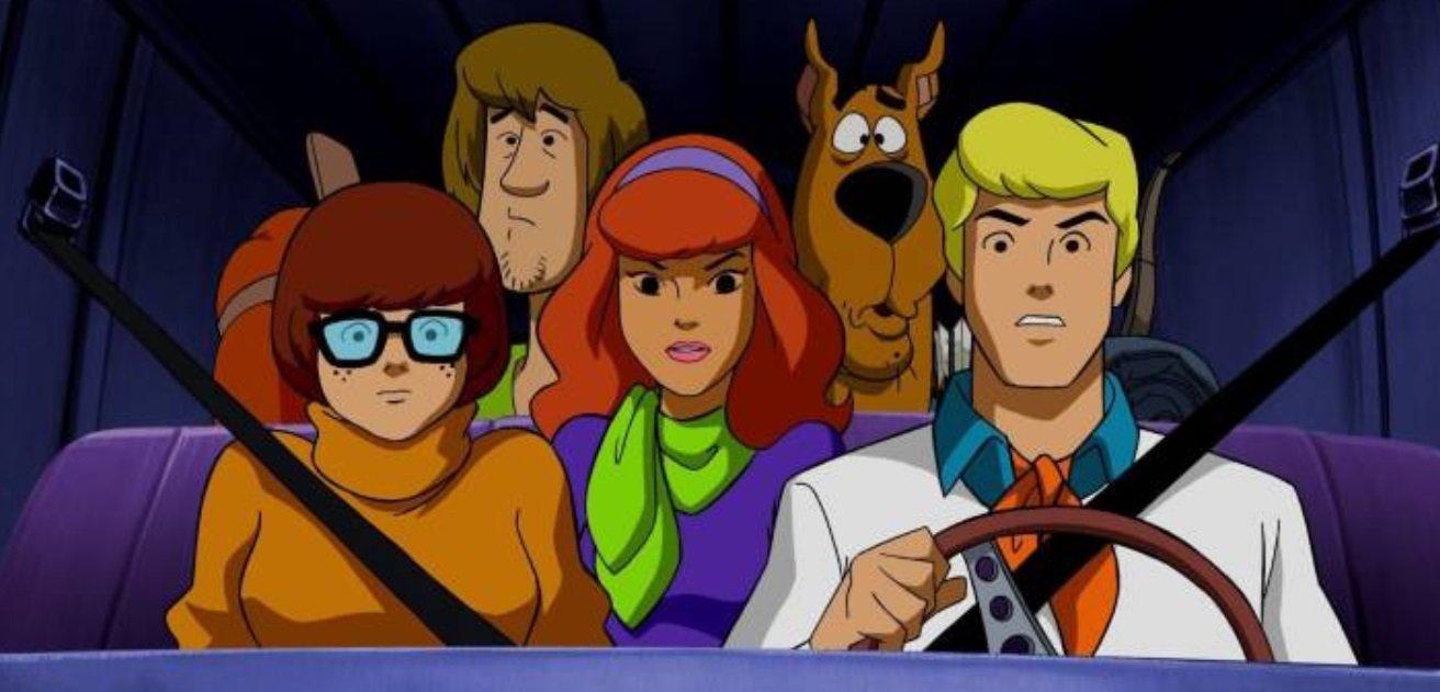 Scooby-Doo – Fred i Daphne obsadzeni. Kto użyczy głosu postaciom?