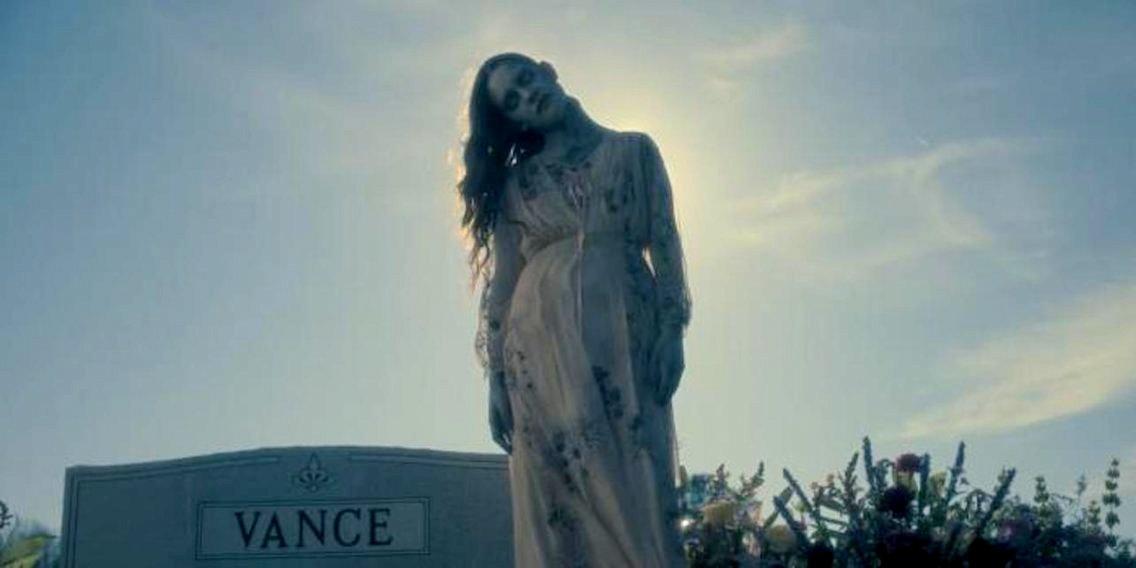 Nawiedzony dom na wzgórzu - kiedy kontynuacja serialu? Reżyser o dwóch projektach Netflixa