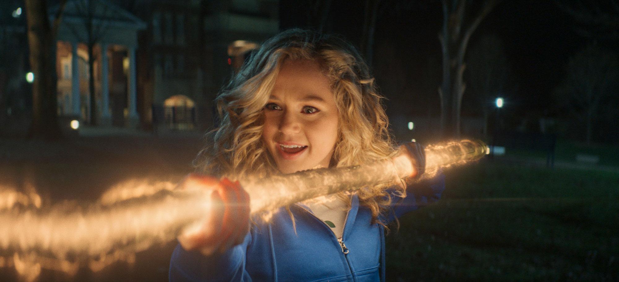 Stargirl - aktorka o crossoverze serialu z produkcjami Arrowverse. Nowy zwiastun