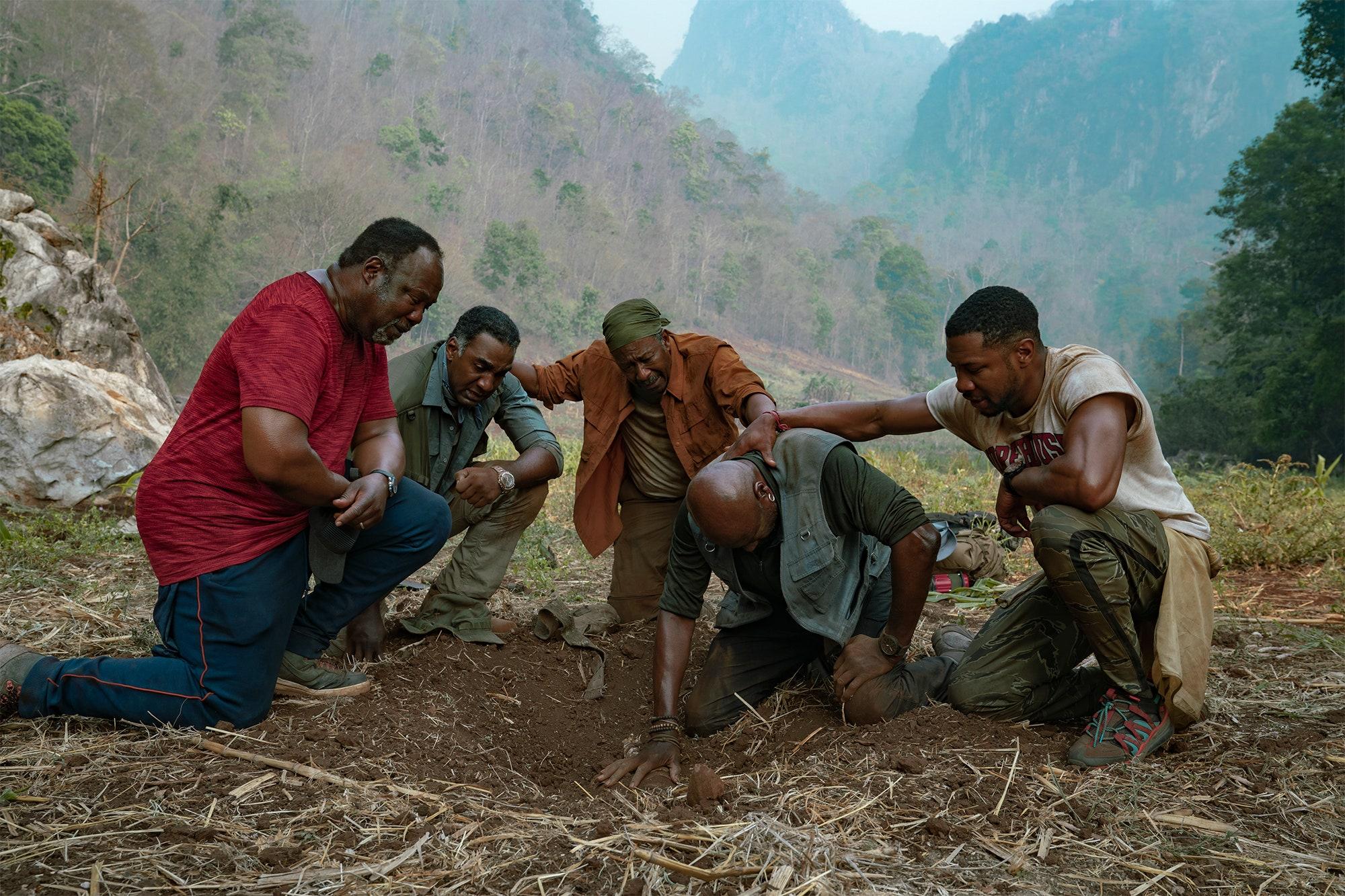Pięciu braci - zwiastun filmu Netflixa. Spike Lee o skarbie i wojnie w Wietnamie