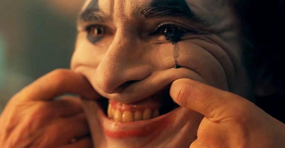 """Joker był """"zdradą psychicznie chorych""""? David Fincher krytykuje i zarazem chwali film"""