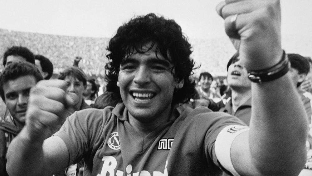 Diego Maradona nie żyje. Był wybitnym piłkarzem, ale też ikoną popkultury