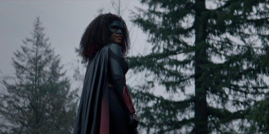 Batwoman - co dalej w 2. sezonie serialu? Garść nowych zdjęć