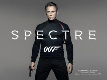 """James Bond: fragment powieści """"Cyngiel śmierci"""""""