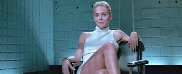 Sharon Stone flirtuje podczas przesłuchania do roli w filmie Nagi instynkt. Zobacz wideo