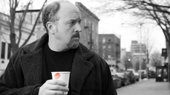 HBO odcina się od Louisa C.K. FX komentuje oskarżenia o molestowanie