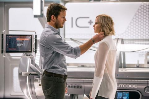 Czy film Pasażerowie był seksistowski? Jennifer Lawrence zabiera głos