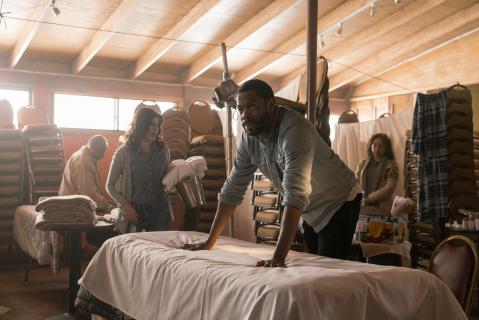 Nowy plakat 3. sezonu Fear the Walking Dead