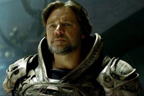 Russell Crowe nie do poznania jako Roger Ailes. Zdjęcie z serialu od Showtime