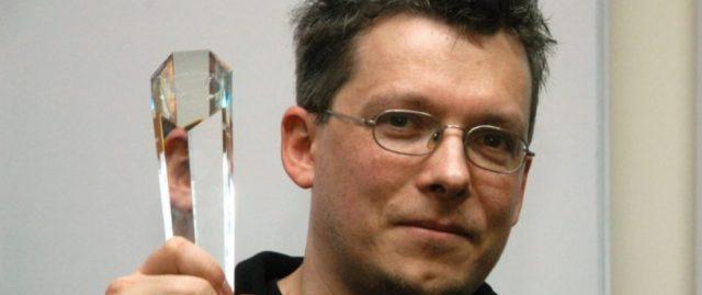 Nie ma fiction bez science…? – rozmawiamy z Rafałem Kosikiem