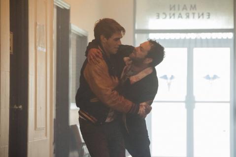 Zobacz nowy zwiastun 2. sezonu Riverdale