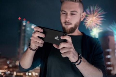 Jeszcze w tym roku Razer wypuści kolejny telefon dla graczy
