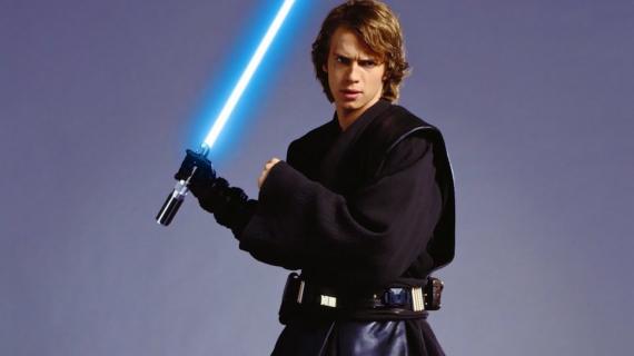 Hayden Christensen powraca jako Anakin Skywalker na okładce książki