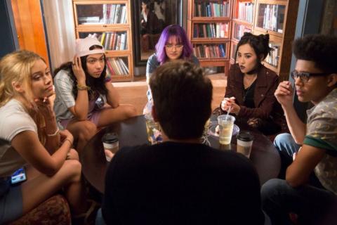 Runaways – plakat 2. sezonu rozpoczyna nagonkę na głównych bohaterów