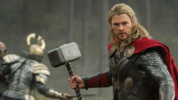 Chris Hemsworth chciałby dalej grać Thora po Avengers 4