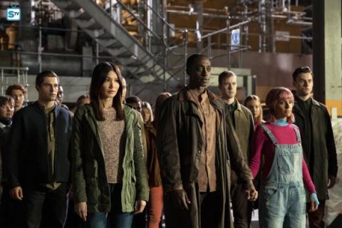Humans – zobacz zdjęcia z pierwszego odcinka 3. sezonu