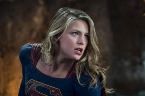 Supergirl – Marsjański Łowca Ludzi i reszta na plakacie 4. sezonu