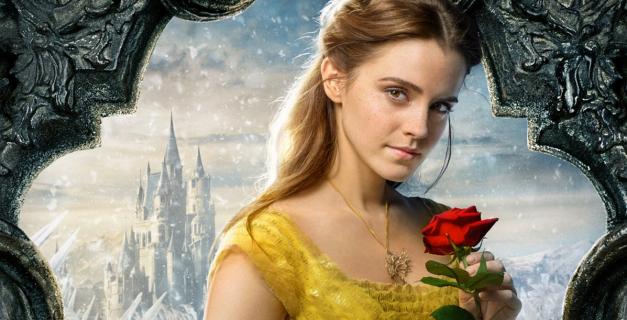 Emma Watson jako Wonder Woman. Aktorka pozuje w kostiumie