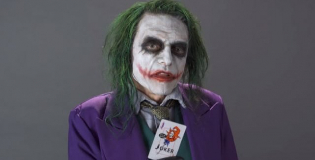 Tommy Wiseau jako Joker w słynnej scenie przesłuchania. Zobacz wideo