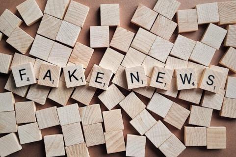 Fake newsy, sztuczna inteligencja, astroturfing. Jak technologia może wpływać na wybory