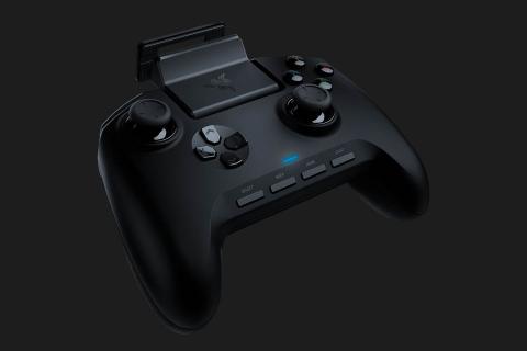 Razer zaprojektował kontroler i słuchawki gamingowe dla smartfonów