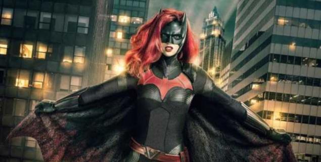 Arrowverse – Ruby Rose jako Batwoman na nowym zdjęciu z crossoveru