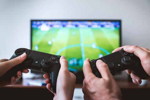 20 milionów graczy może porzucić komputery na rzecz grania przed telewizorem