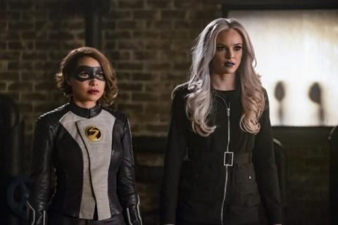 Flash: sezon 5, odcinki 13-14 – recenzja