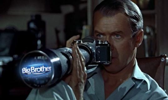Podglądanie przez szklane okienko ma jeszcze sens? Dzisiejsze czasy a Big Brother