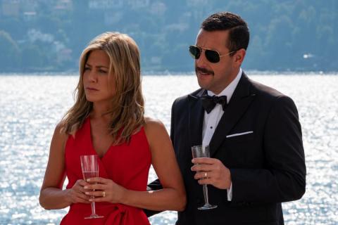 Murder Mystery - Adam Sandler i Jennifer Aniston w komedii Netflixa [zdjęcia]