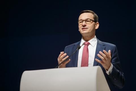 Polityka - tak wygląda premier Morawiecki w filmie Patryka Vegi