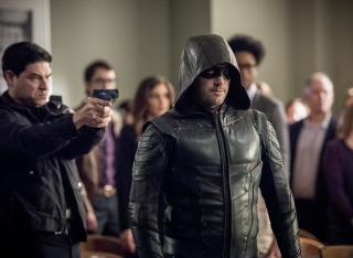 Arrow - zdjęcie z 21. odcinke 6. sezonu