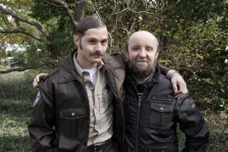Adam Siennica i Evan Gamble na planie Hap I Leonard