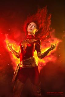 Star Nacho jako Dark Phoenix