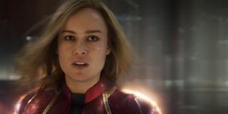 W tym ujęciu Kapitan Marvel wypowiada kluczowe słowa - nie chce być częśćią wojny Kree i Skrulli, lecz zamierza ją zakończyć; nie możemy wykluczyć, że wypowiada je w kierunku przywódcy Kree, Najwyższej Inteligencji; tłumaczyłoby to, co Carol będzie robić po 1995 roku, kiedy zakończy się akcja filmu - najpewniej wyruszy ona w Kosmos, by zaprowadzić w nim pokój