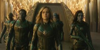 """Trailer raz jeszcze pokazuje, że członkiem elitarnej jednostki Kree, Starforce, jest Korath (Djimon Hounsou) - powstały już spekulacje, według których już w czasie wydarzeń filmu jest on ukrytym agentem Thanosa; taki obrót spraw wyraźnie sugeruje książka """"Thanos: Titan Consumed"""""""