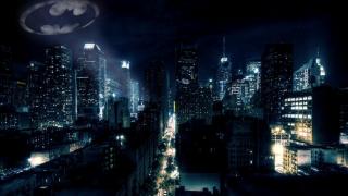 W Gotham znajdują się ulice Nolan i Burton - to oczywiście nawiązanie do Christophera Nolana i Tima Burtona, twórców najsłynniejszych filmów o Batmanie