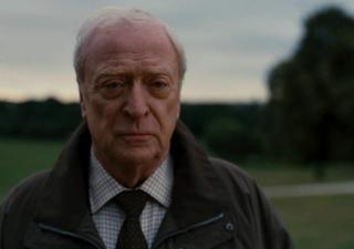 """Hasło do wi-fi w Wayne Enterprises to """"Alfred"""" - to oczywiście nawiązanie do kamerdynera Batmana"""