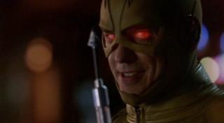 """Iris mówiąc o mocach sprinterów używa frazy """"nanity od Raya Palmera"""" - dokładnie te same słowa wypowiedział Oliver w finale 1. sezonu Flasha, gdy wypuszczał strzałę w kierunku Reverse Flasha"""