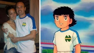 Andres Iniesta z koszulce Nankatsu