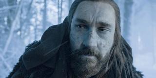 Benjen Stark to Zimnoręki, który w książkach działał na północ od Muru pomagając niektórym postaciom