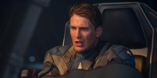 Za film Captain America: Pierwsze starcie Evans zarobił 300 tys. dolarów; dla porównania - Robert Downey Jr. za pierwszego Iron Mana zainkasował na swoje konto 500 tysięcy dolarów